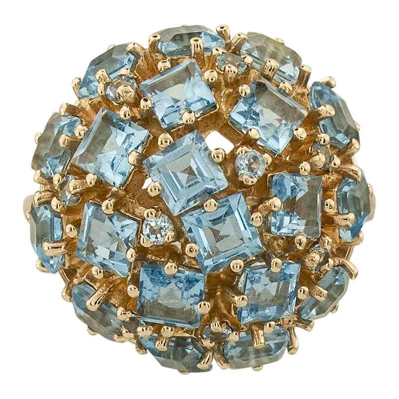 Кольцо. Голубой топаз. Арт.627Т из золота 585 пробы
